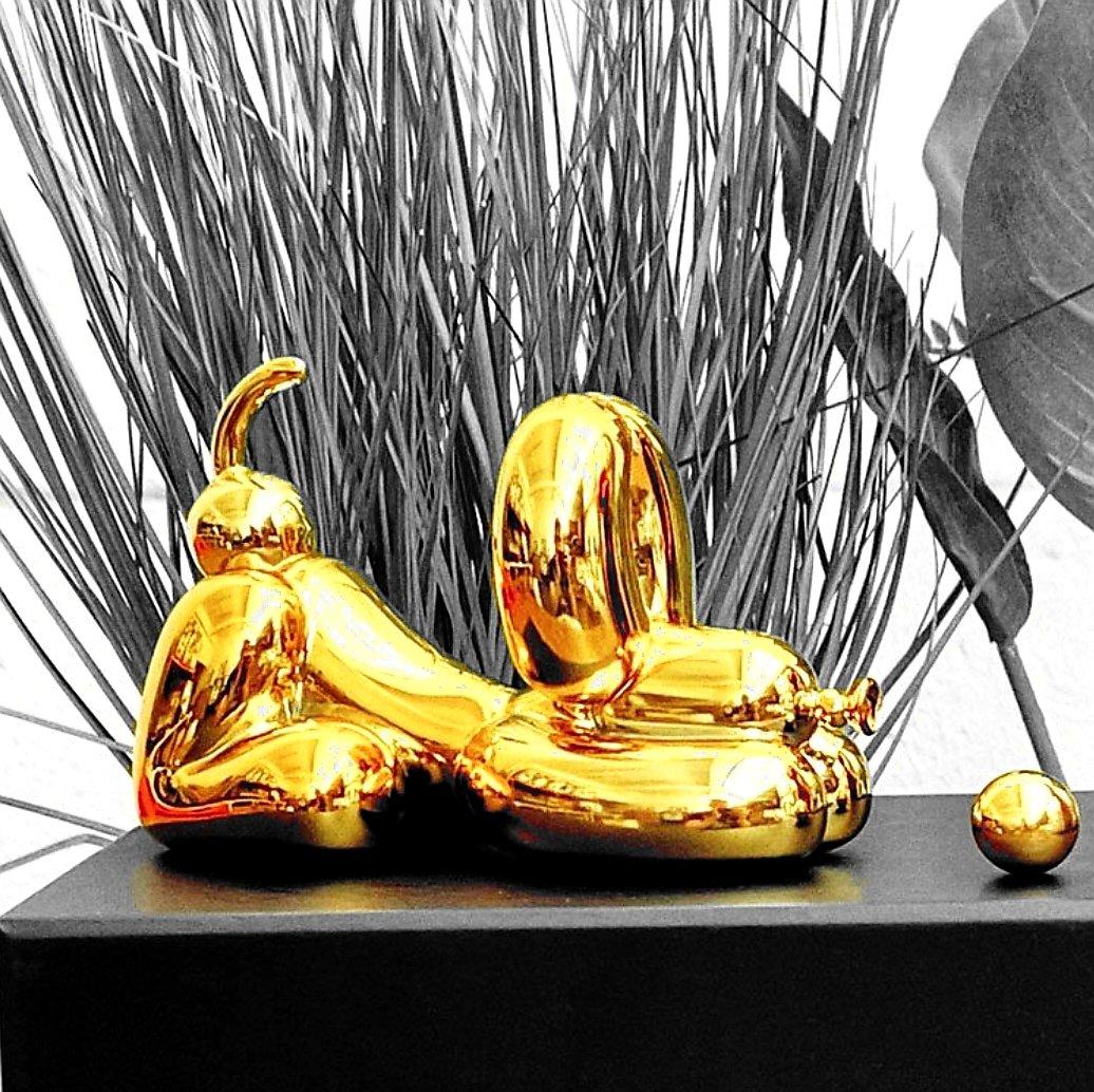 Image of HAPPY POPEK CHROME GOLD BALLOON DOG - WHATSHISNAME - POLYRESIN SCULPTURE LTD ED 200