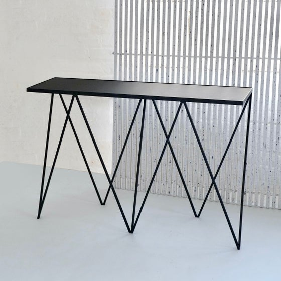 Image of Giraffe console table with natural linoleum top