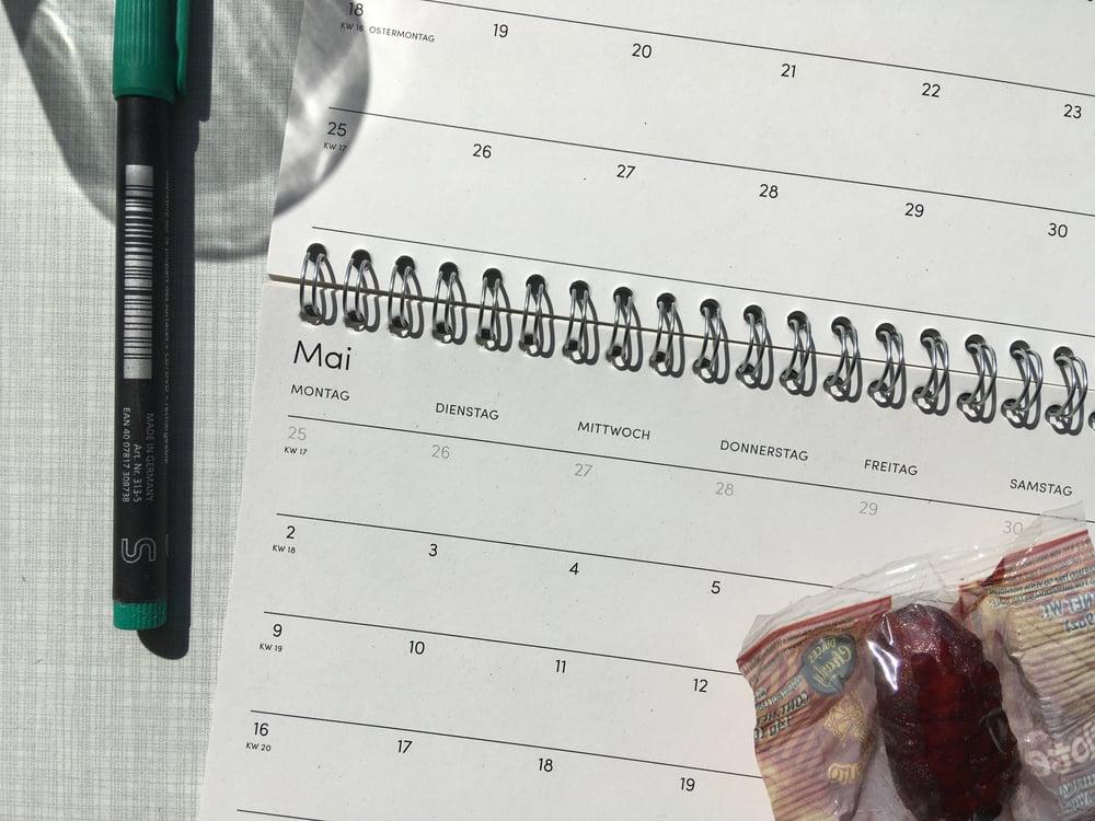 "Image of Tischkalender 2022 ""80s Crush"""
