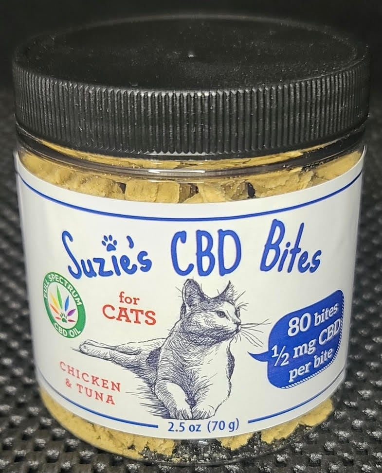 Image of Suzie's CBD Cat Bites (Chicken & Tuna)