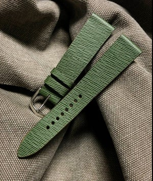 Image of Green Hatch Grain Calfskin -hourglass cut- watch strap