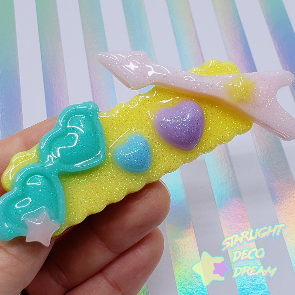 Image of Rockin' Radical SUPER FANCY 80s Style Resin Hair Clip