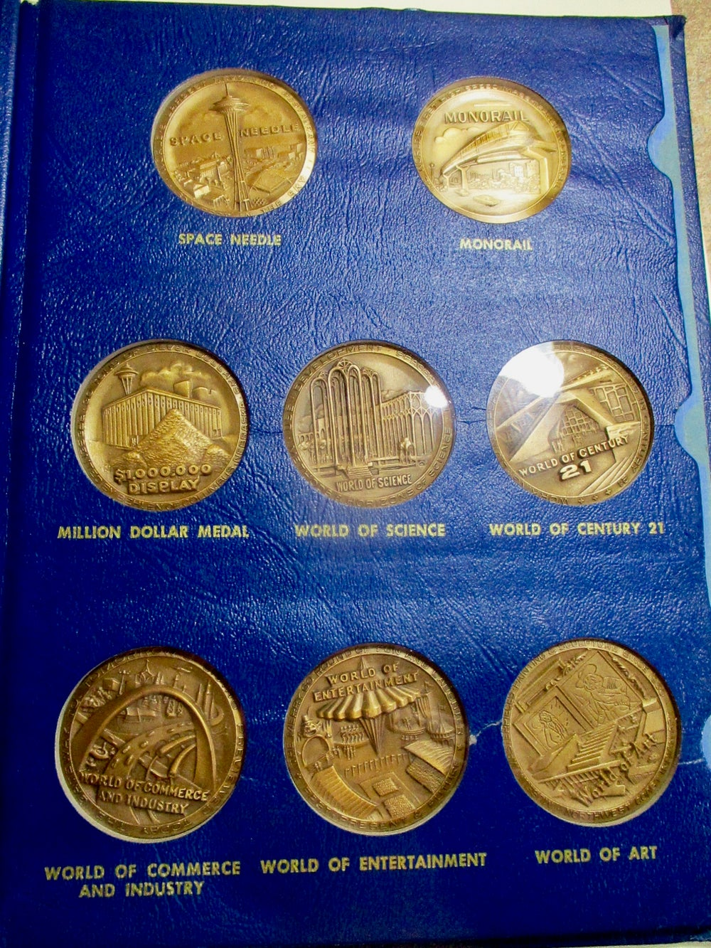 C21-Complete Gorgeous Bronze Set (9 Medals) in Whitman Folder of Issue #1300