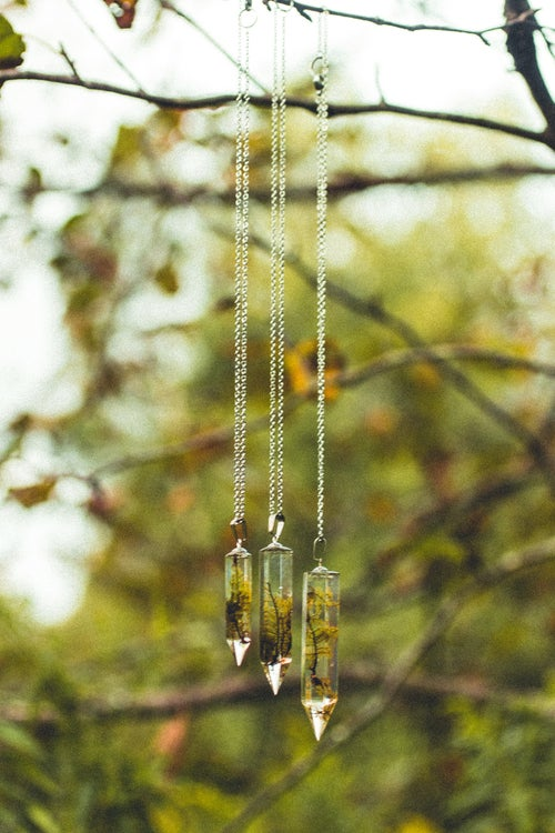 Image of Crystal Moss Necklace - Medium