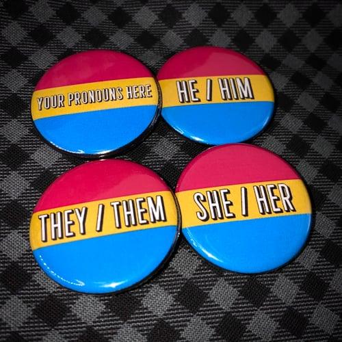 "Pronoun Button - Pansexual Pride Flag - 1.25"""