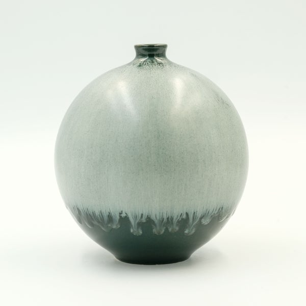 Image of MEDIUM BULB VASE IN GREEN AND SILVER GLAZE