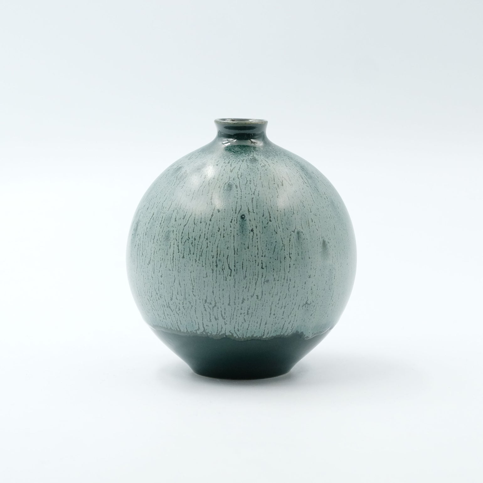 Image of SMALL BULB VASE IN GREEN AND SILVER