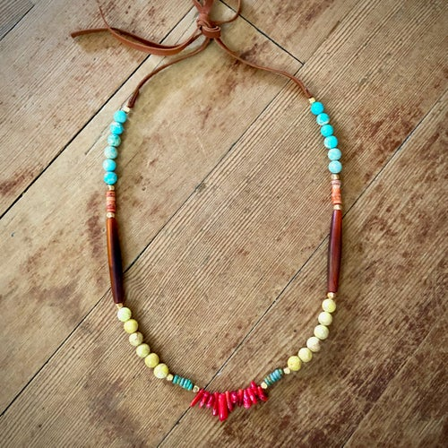 Image of Bright Leaves Necklace