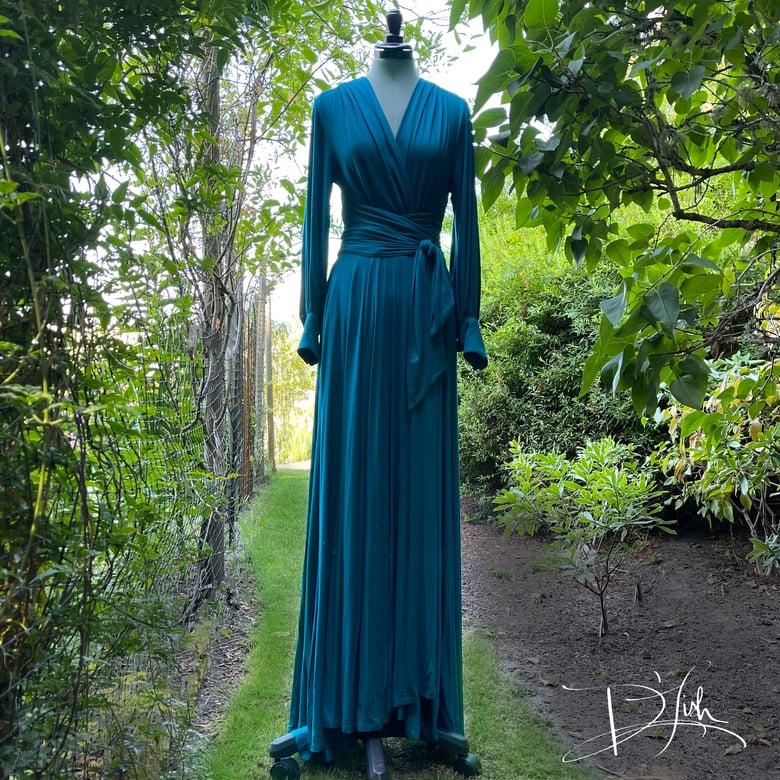"Image of Teal ""Bev"" Dressing Gown"