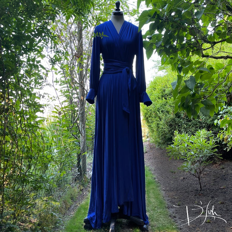 """Image of Classic Blue """"Bev"""" Dressing Gown"""