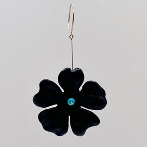 large lucite earring in black