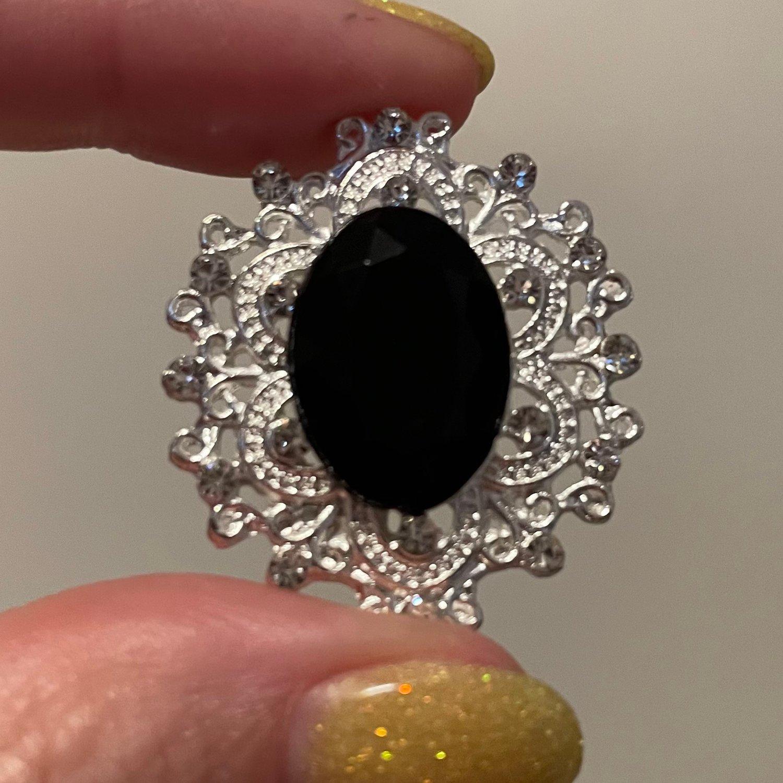 """Image of Oval Black Gem Plugs (sizes 5/8-1"""")"""