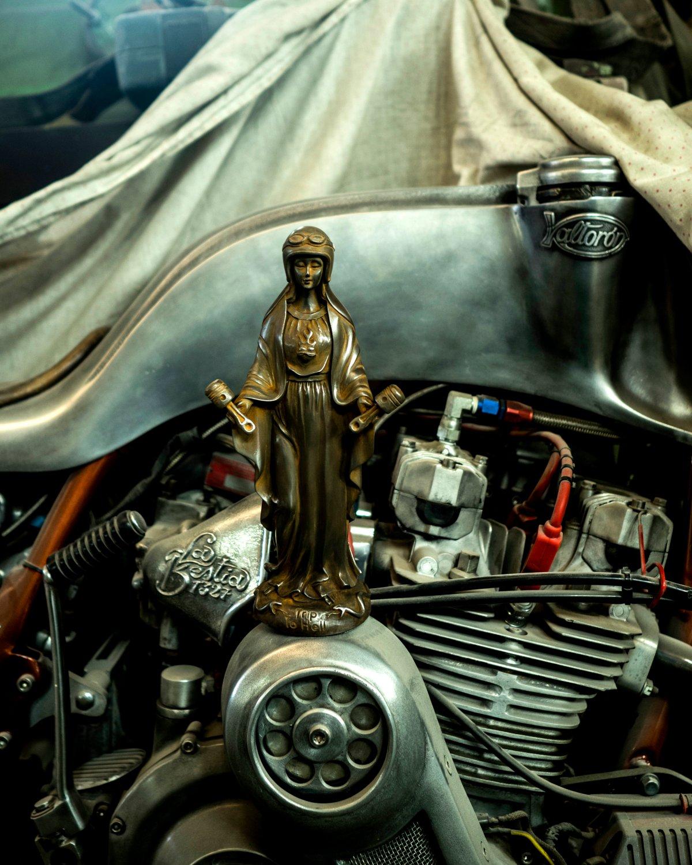 Image of Virgen de los Pistones Iron Edition