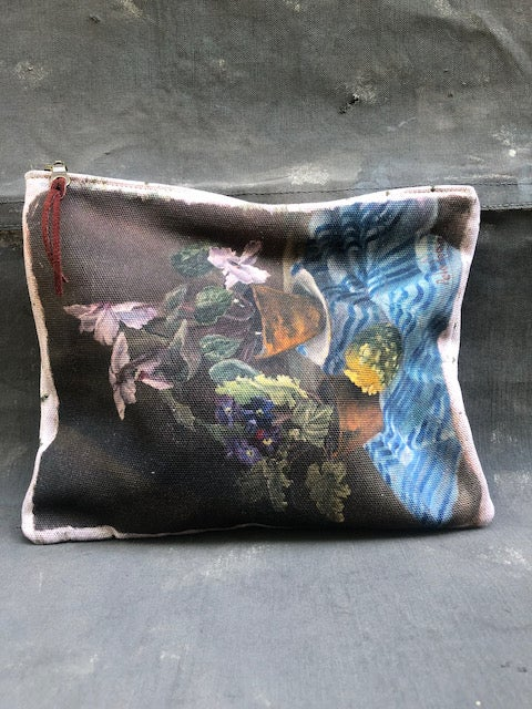 Image of Violets Pouch