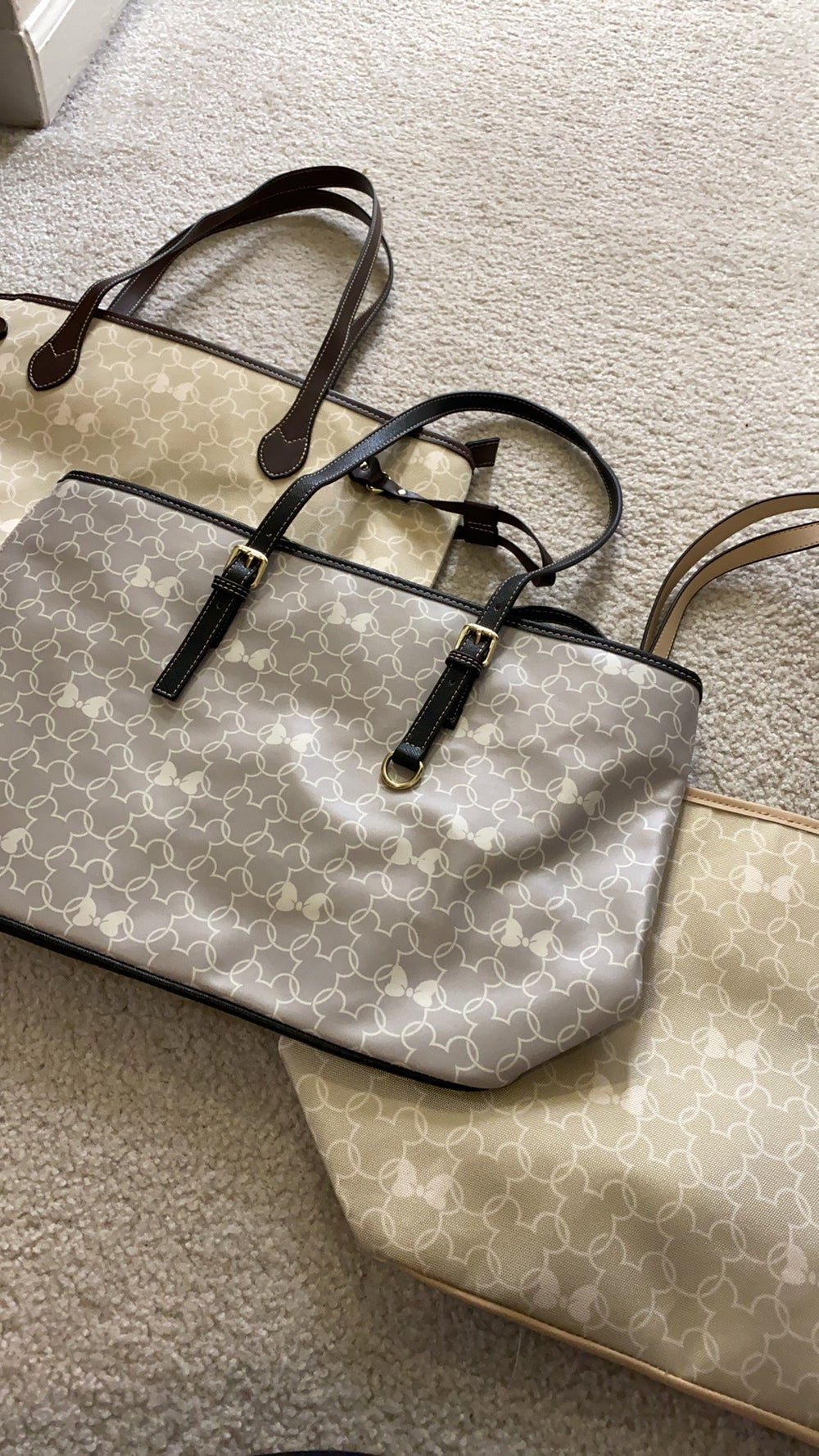 Mouse wallpaper tote