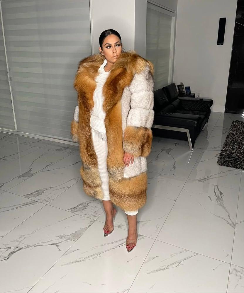 Image of Aspen 2in1 Fur Coat