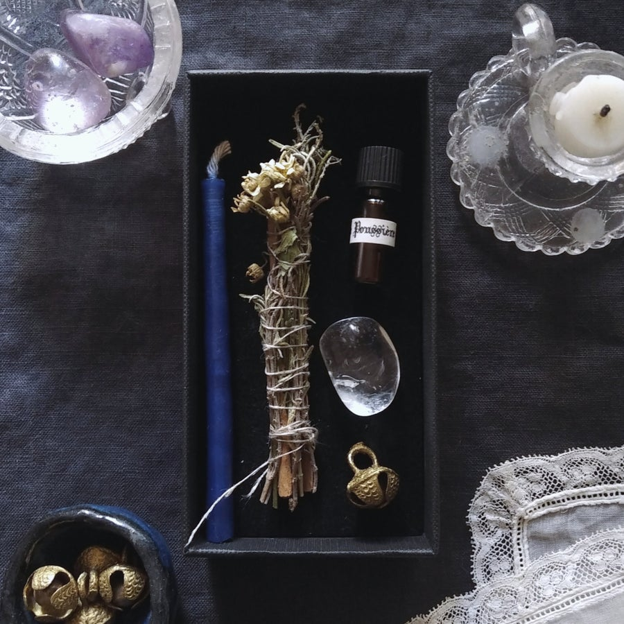 Image of FORTUNATUS. LUCK & GOOD FORTUNE BOX ↟ Organic smoke wand, candle, bell, amethyst/crystal quartz