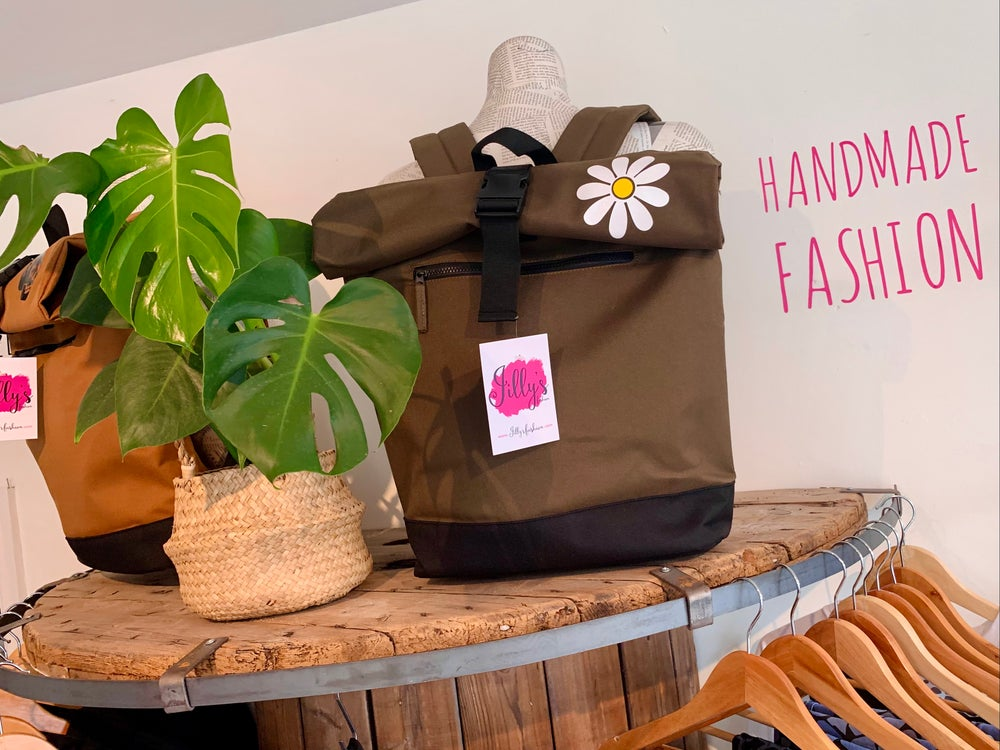 ROLO - roll top rucksack with oops a daisy