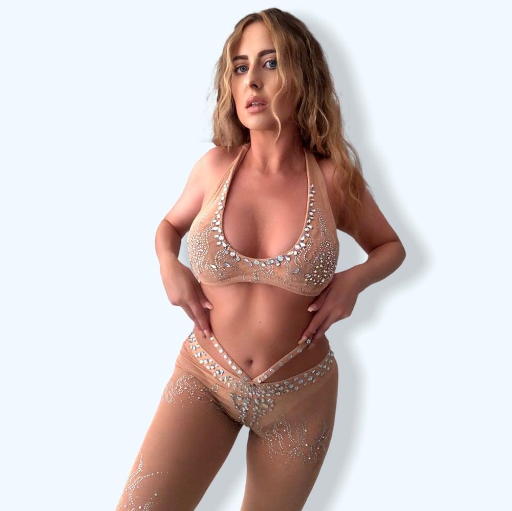 Image of Britney Spears 2000 VMAs Crystal Cosplay Costume