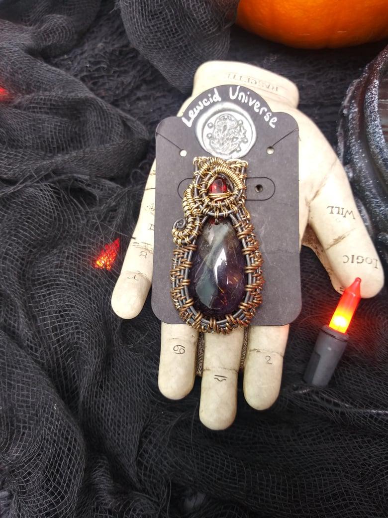 Image of Antiqued Super 7 & Garnet