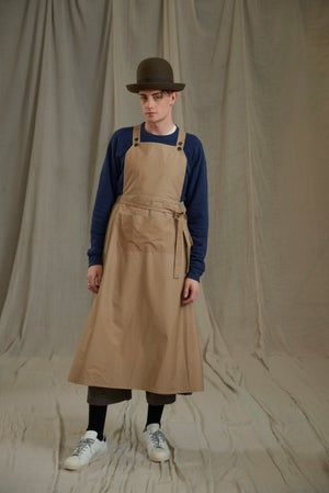 Image of WORKHOUSE APRON - BEIGE