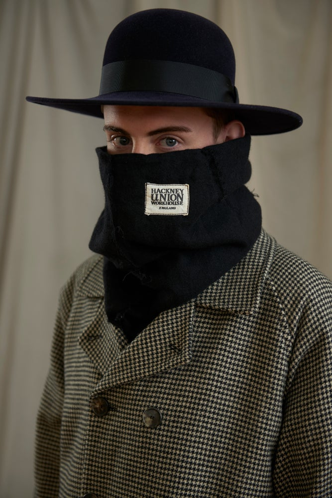 Image of WORKHOUSE SNOOD - BLACK