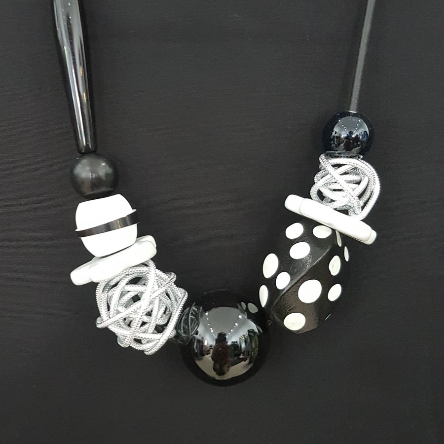 Image of black and white bead cocktail necklace