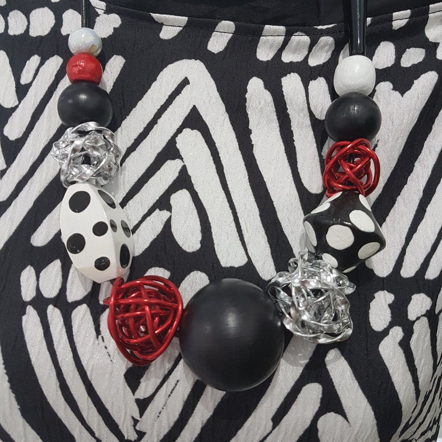 Image of black and white and red mix necklace