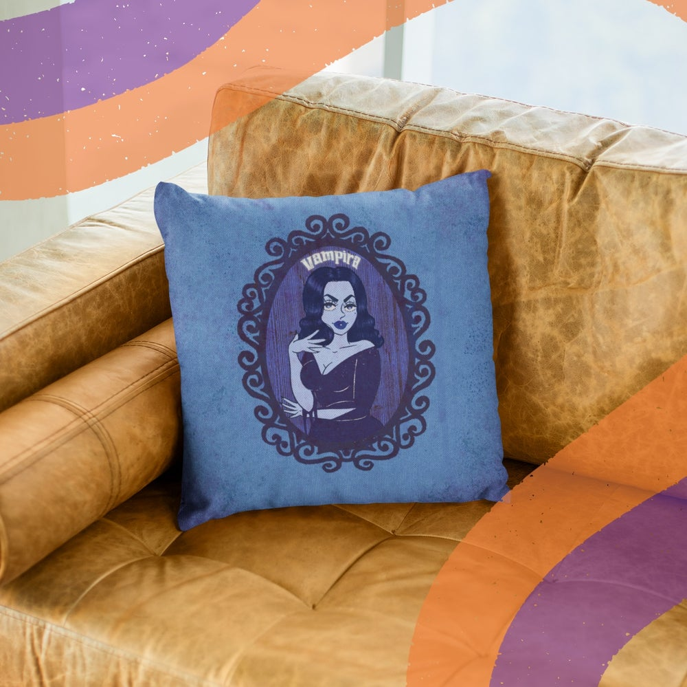 Image of SPOOKY QUEENS THROW PILLOW