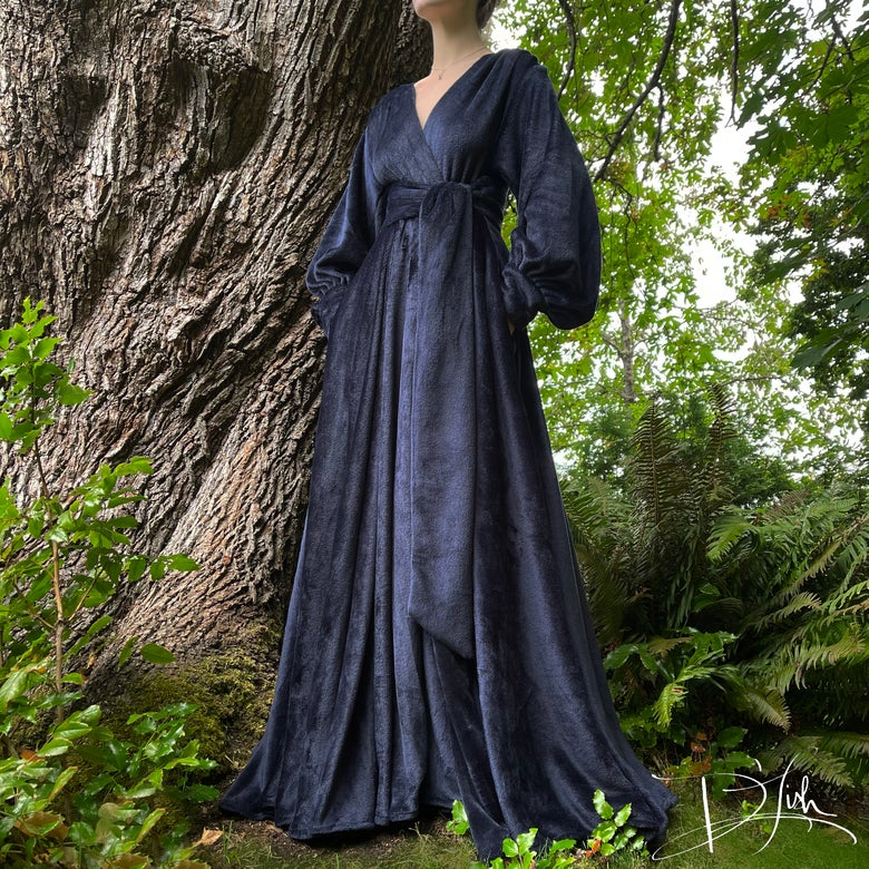 """Image of """"Midnight Blue"""" Felicia Supreme Dressing Gown"""