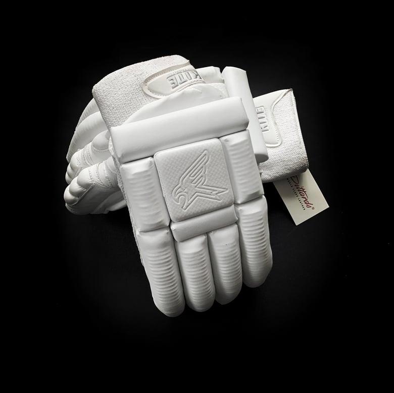 Image of Pro Pittards Leather Batting Gloves