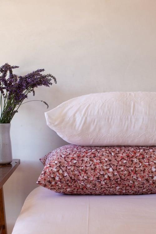 Image of White Applique Pillowcase