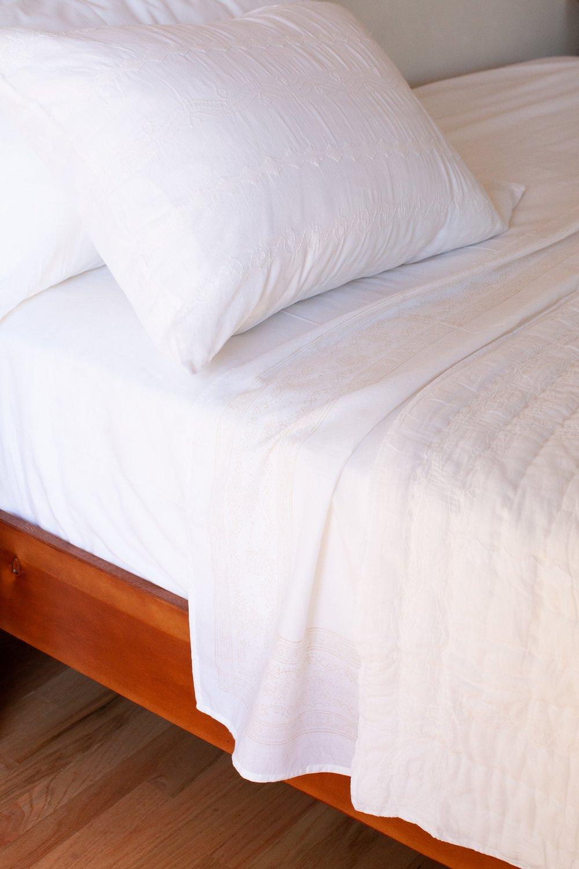 Image of White Applique Quilt