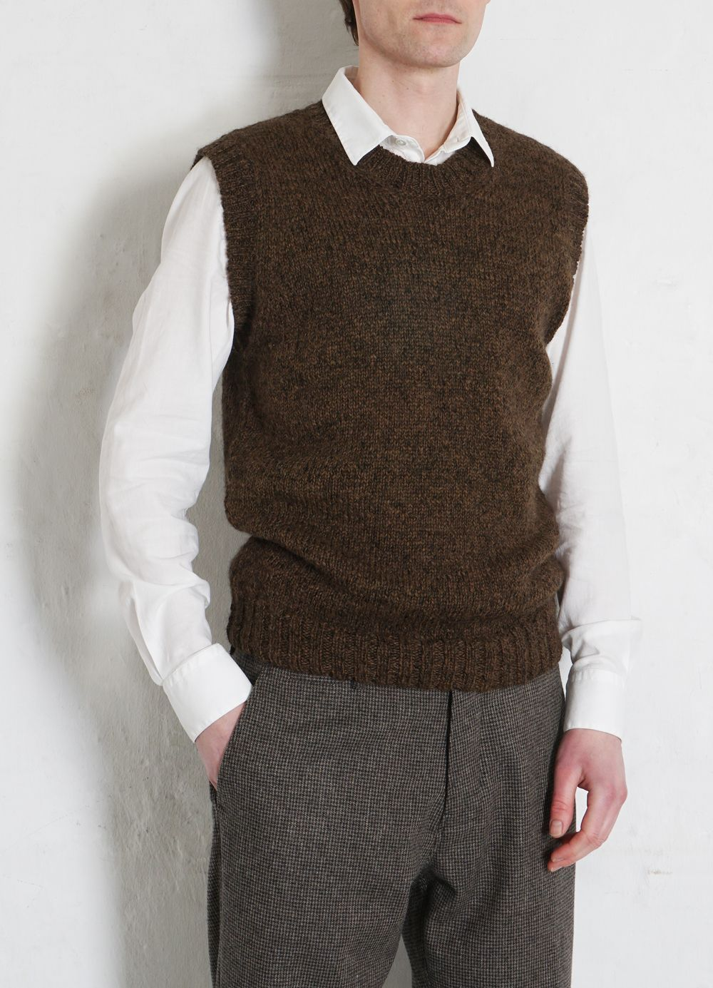 Hansen Garments MOGENS | Knitted Crew Neck Vest | tobacco