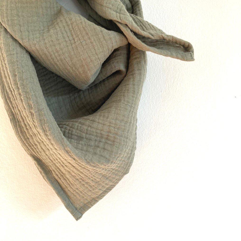 Gauze scarf-olive