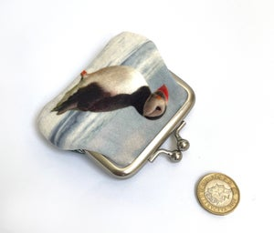 Image of Puffin, kisslock coin purse