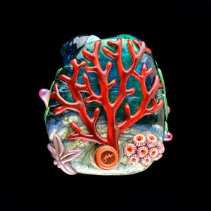 Image of XXXL. Clownfish Family in a Pale Peach Anemone - Flamework Glass Sculpture