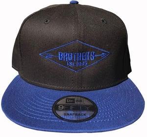 """Image of BROTHERS BOARDS """"ESTABLISHED"""" NEW ERA HAT BLACK/BLUE"""