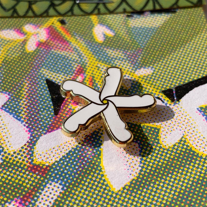 Star Jasmine Pin
