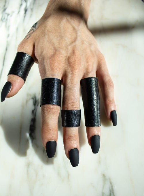 Image of Mid Length Finger Cuff