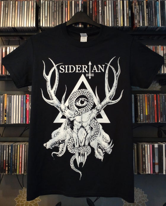 Image of Stag skull t-shirt (black)