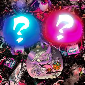 "Image of Halloween ""Ghost Pokemon"" Mystery Box (Glow-in-the-Dark)"