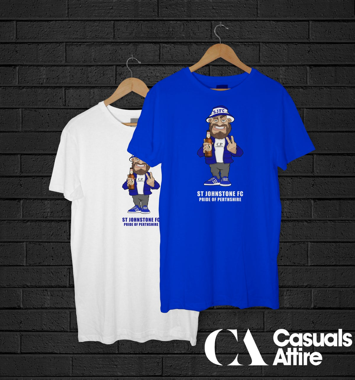 St Johnstone Pride of Perthshire Football Casual Holding Beer T-shirts.