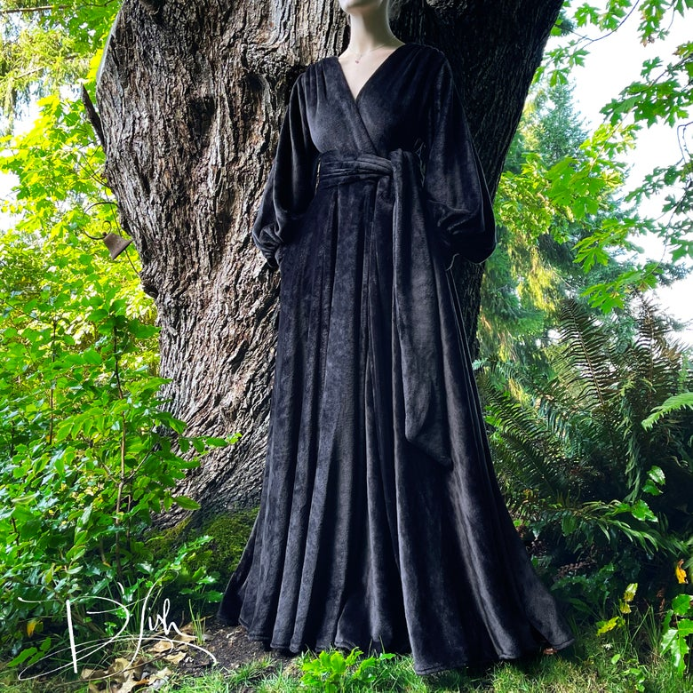 """Image of """"Black As Night"""" Felicia Supreme Dressing Gown"""