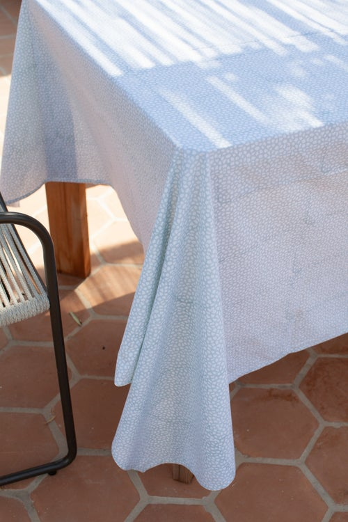 Image of Tablecloths Fall