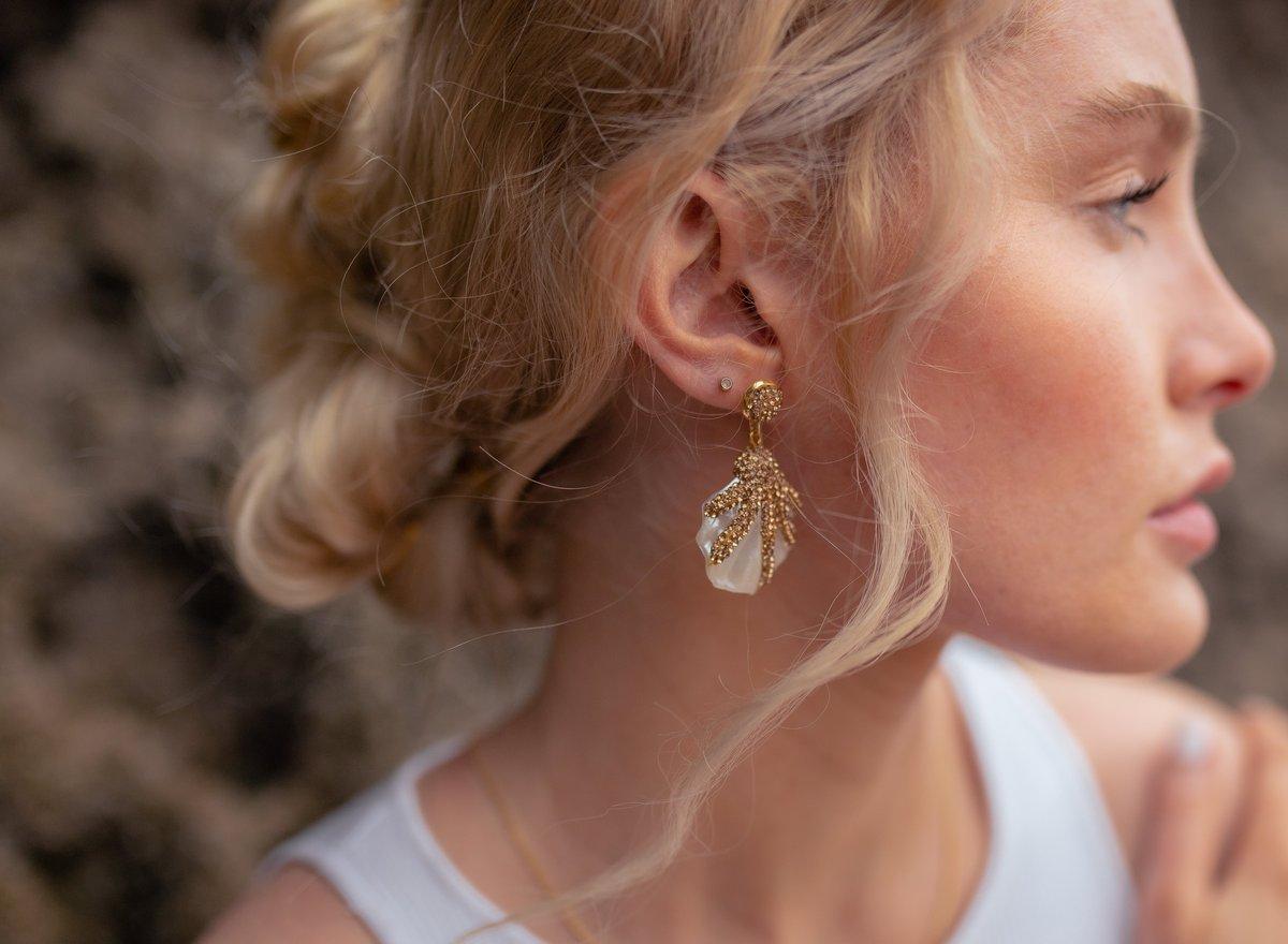 Grace Shell Earrings