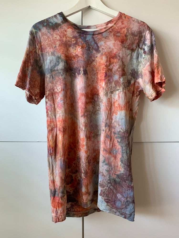 Image of Tie Dye 1/1 M (Kilauea Lava)