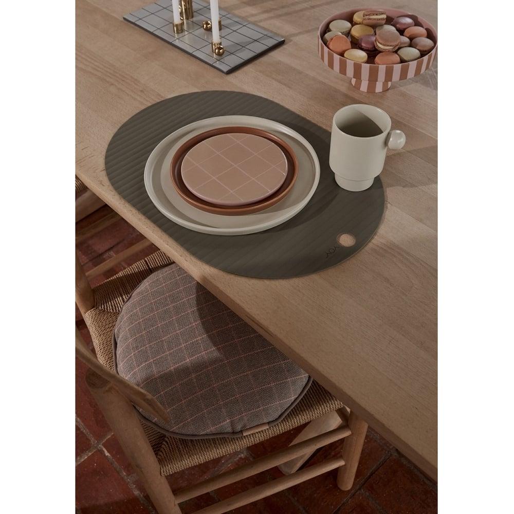 Image of Camel / Rose ceramic board by OYOY