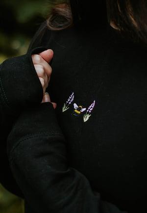 Image of Lavender Bee Embroidered Sweatshirt ~ Black