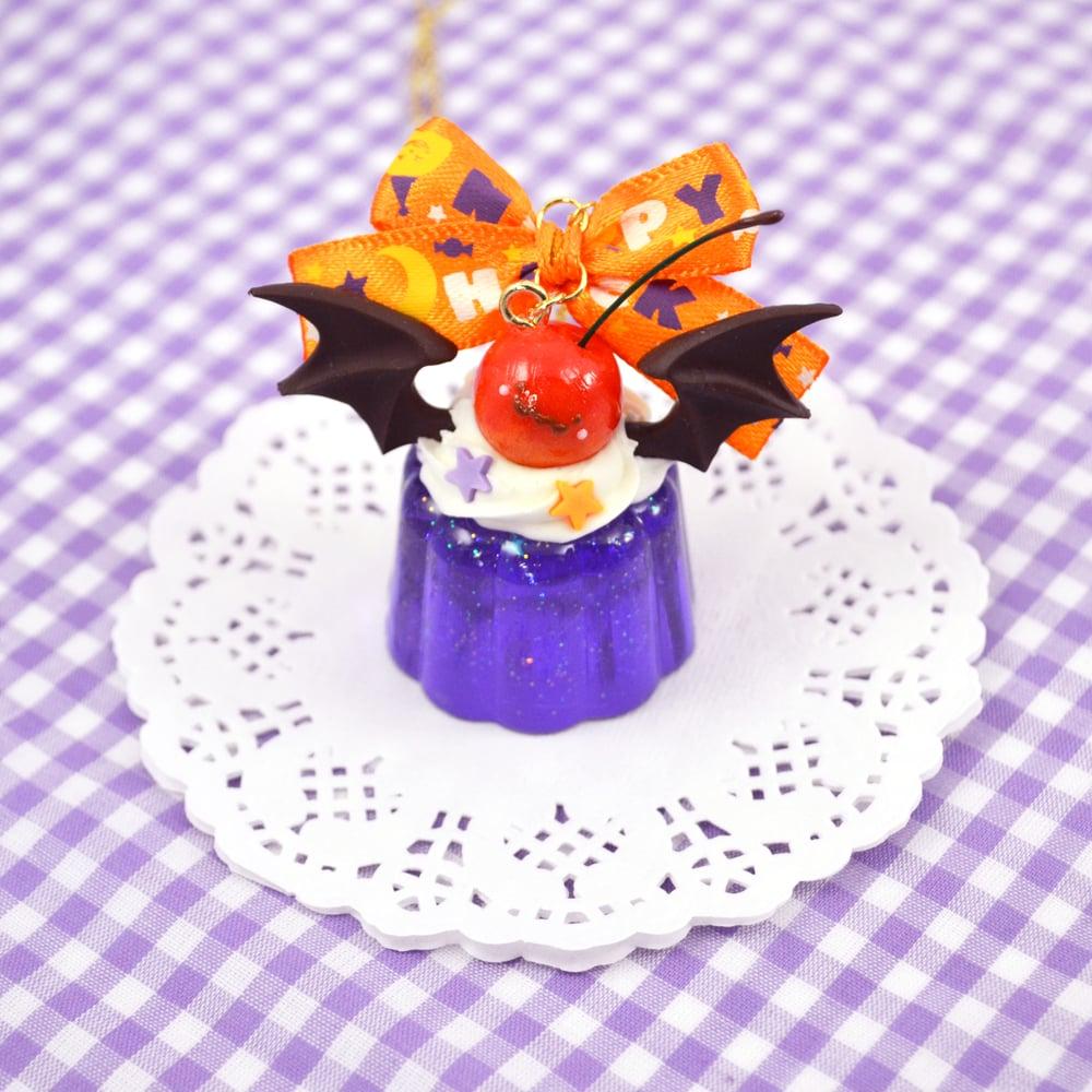 Very Spooky Jello Necklace